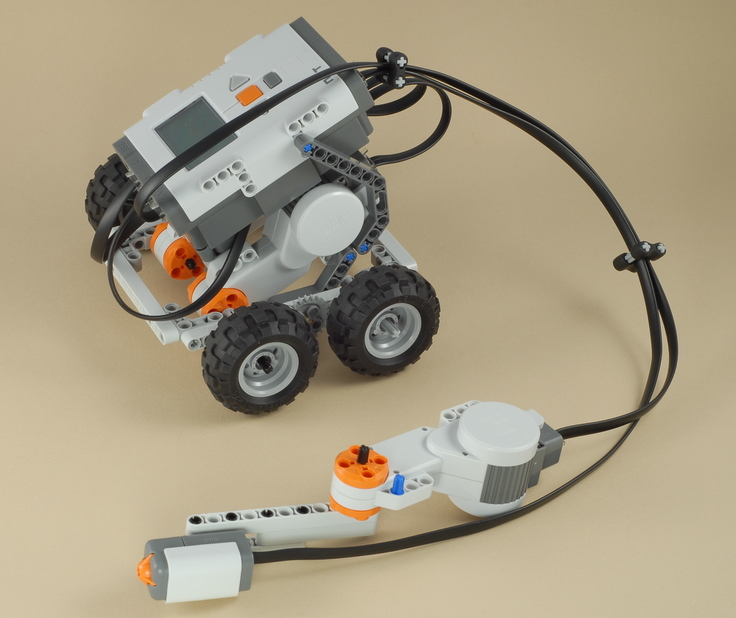 NXT 4x4 Car with Joystick Control