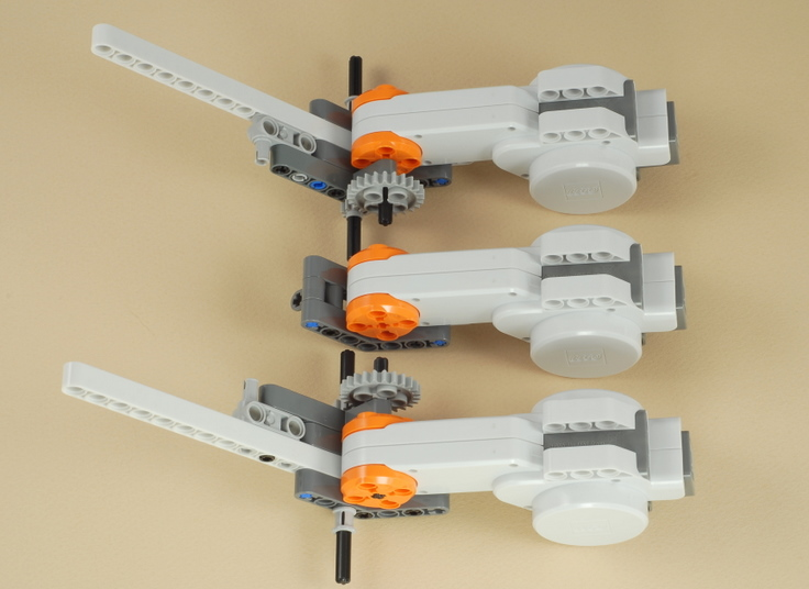 LEGO Mindstorms NXT Dragster