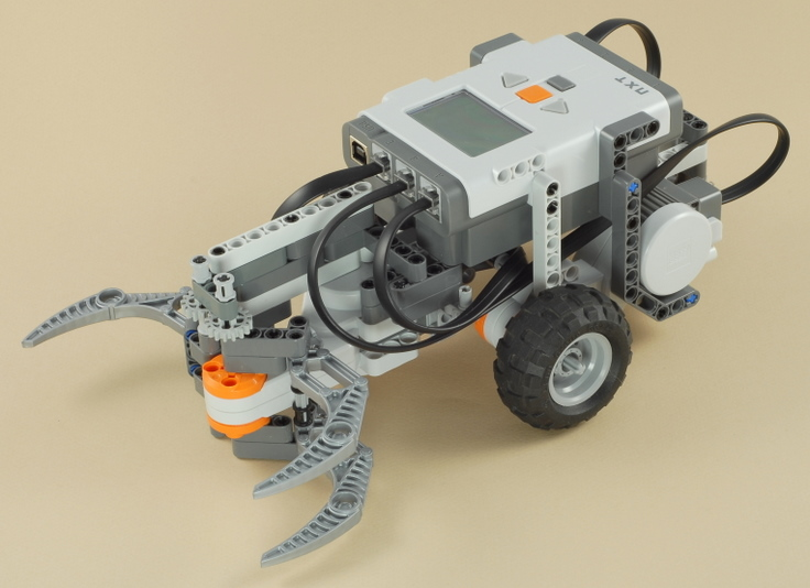 Nxt Claw Car With Game Controller